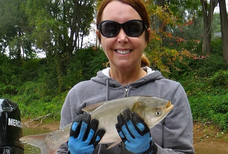 Keeping invasive fish species out of the Great Lakes