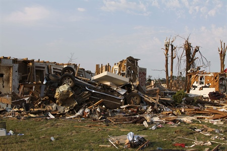Scientists show climate patterns may influence extreme U.S. tornado seasons
